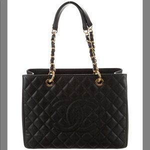 🎁Chanel Grand Shopper GST Quilted Leather Caviar